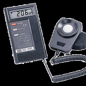 نور سنج دیجیتال TES-1330A